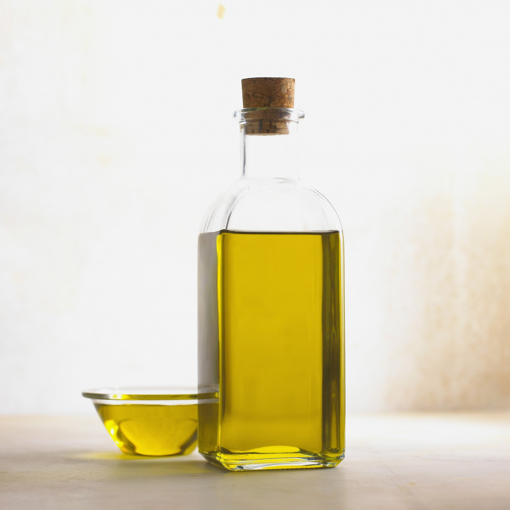 Beginner's Guide to Oil for Hair
