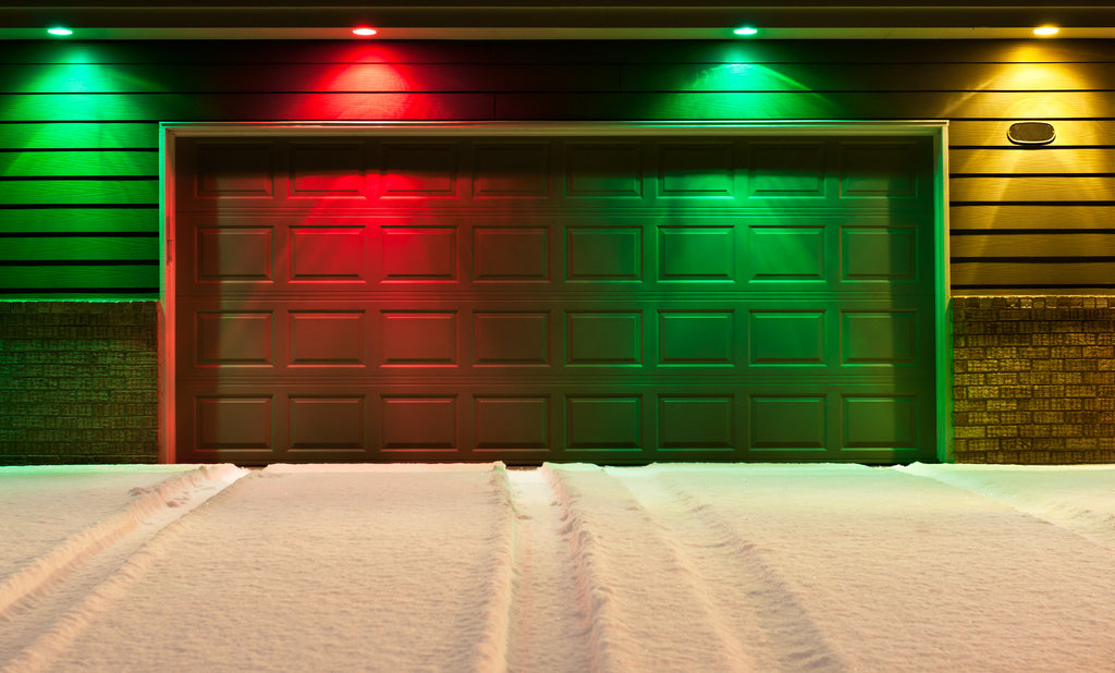 Decorating The Garage For The Holidays