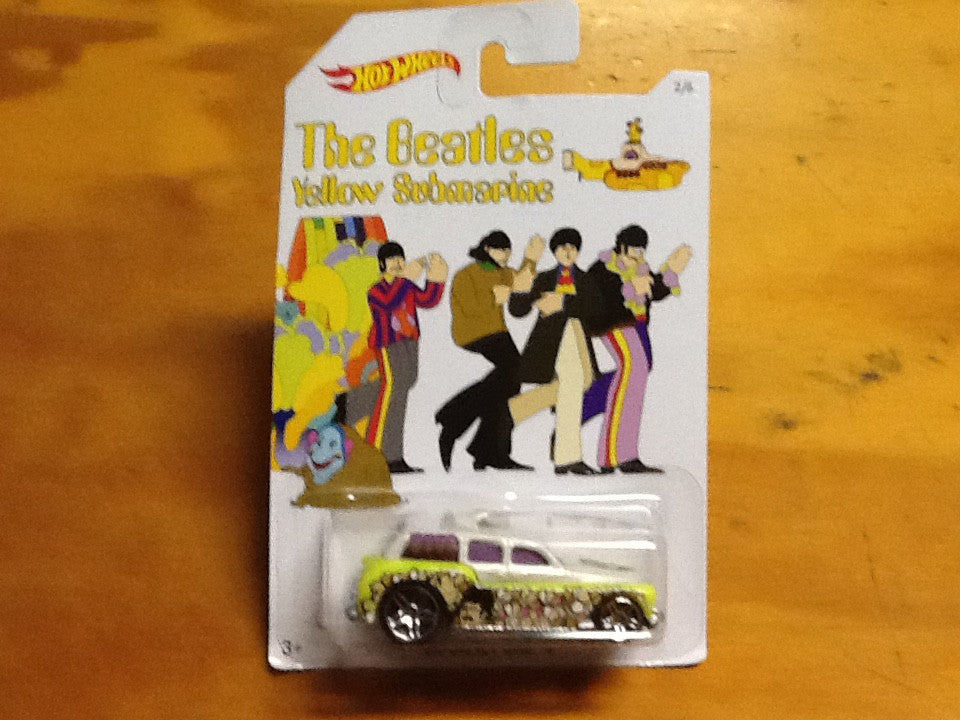 The Beatles Yellow Submarine HotWheels - Cockney Cab