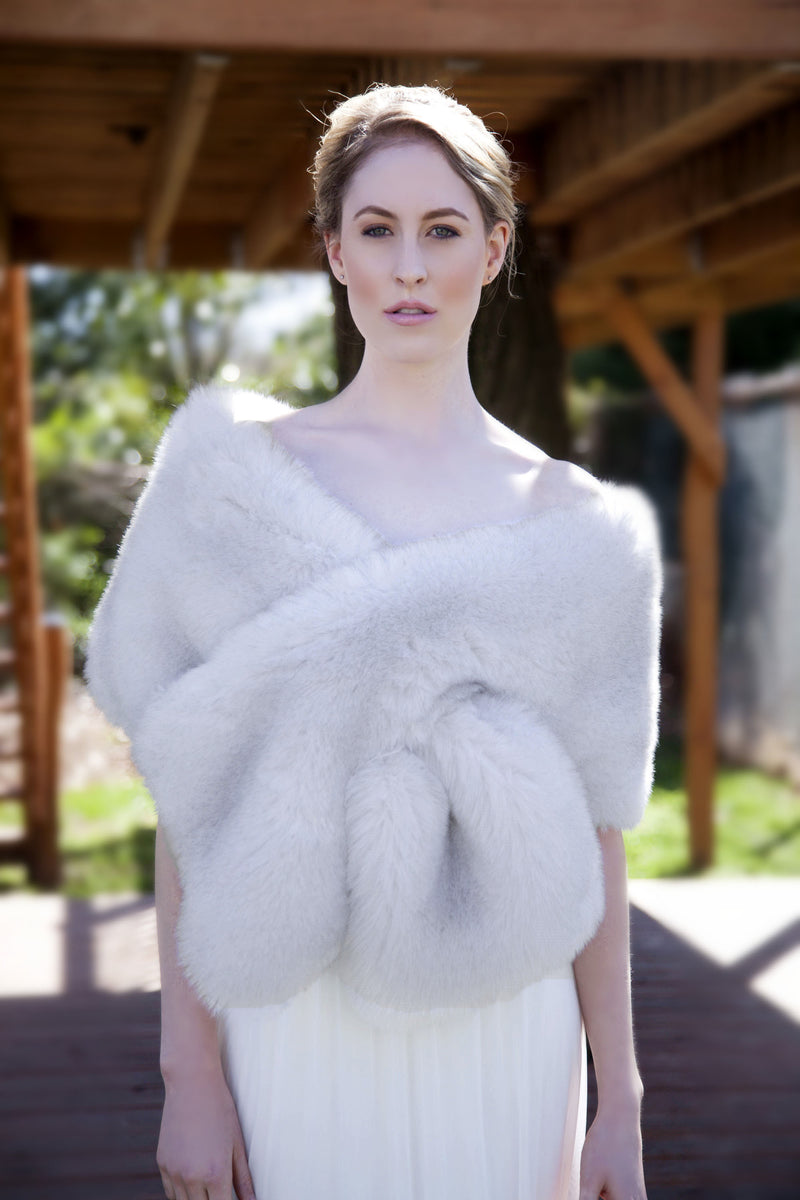 Light Gray Fur Shawl (Lilian LGry01)
