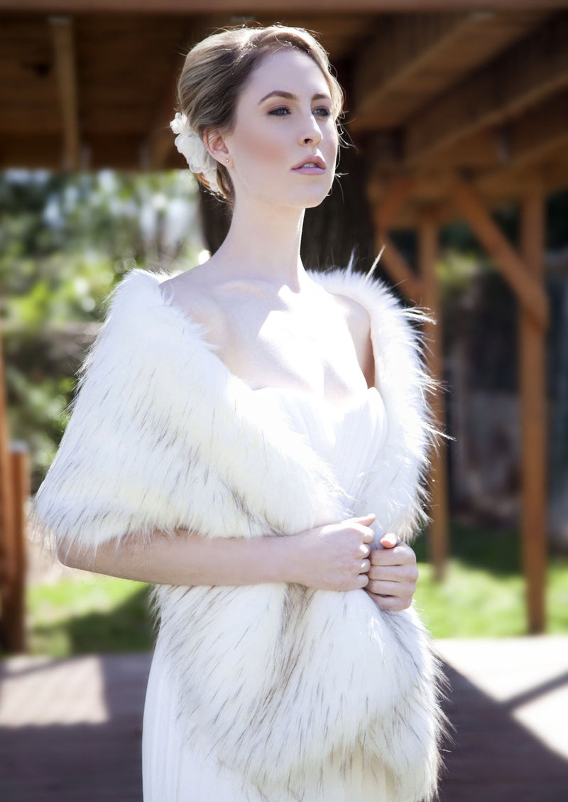 Ivory with Black Fur Shawl (Lilian Ivy02)