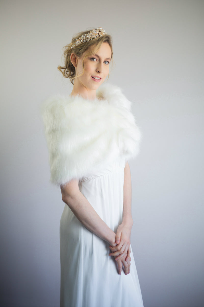 Ivory / White Fur Wrap (Blair Ivy03)