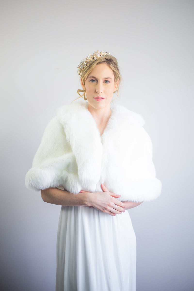 Ivory White Faux Fur Bridal Cape (Georgina Wht01)