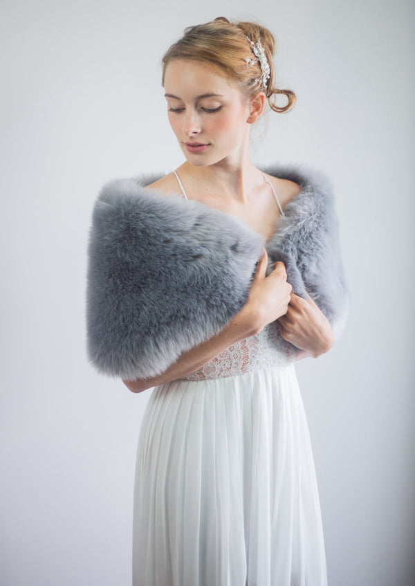 Gray Fur Wrap (Serena Gry01)