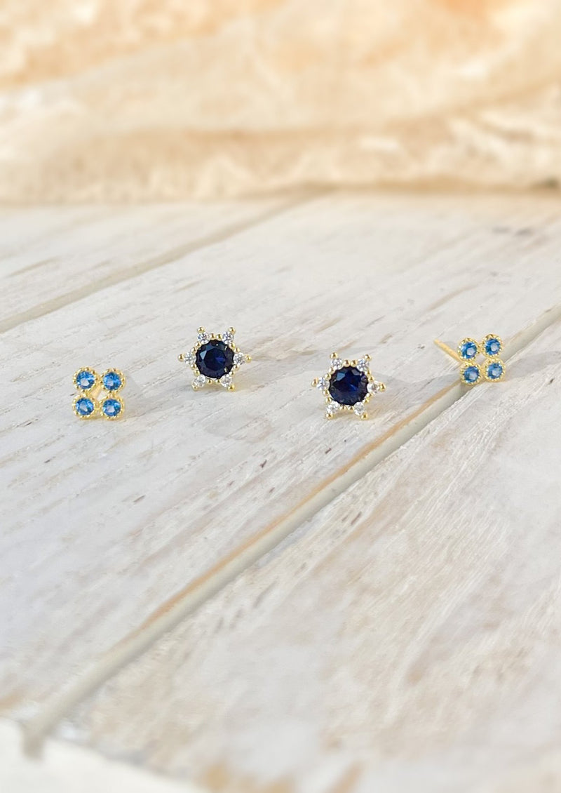 ORY | GOLD STUD EARRINGS