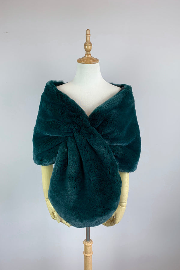 Vintage Green Faux Fur Bridal Cape (Audrey 05)