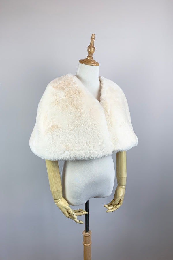 Ivory Faux Fur Bridal Cape (Georgina Ivy05)