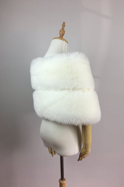 Snow white bridal faux fur wrap shawl (Penelope Wht01)