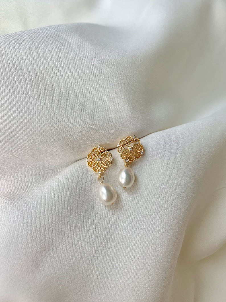 Classic Freshwater Baroque Pearl Drop Earrings / 14K Gold Filled