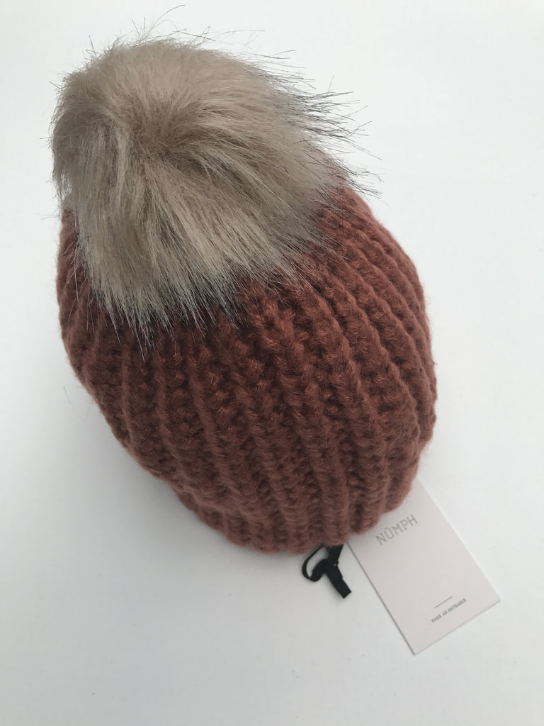 Copper Brown Groundplum Pom Hat by NUMPH - SWALK Fashion