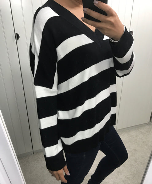 Oversized Black & White Stripe Jumper by SILVIAN HEACH - SWALK Fashion