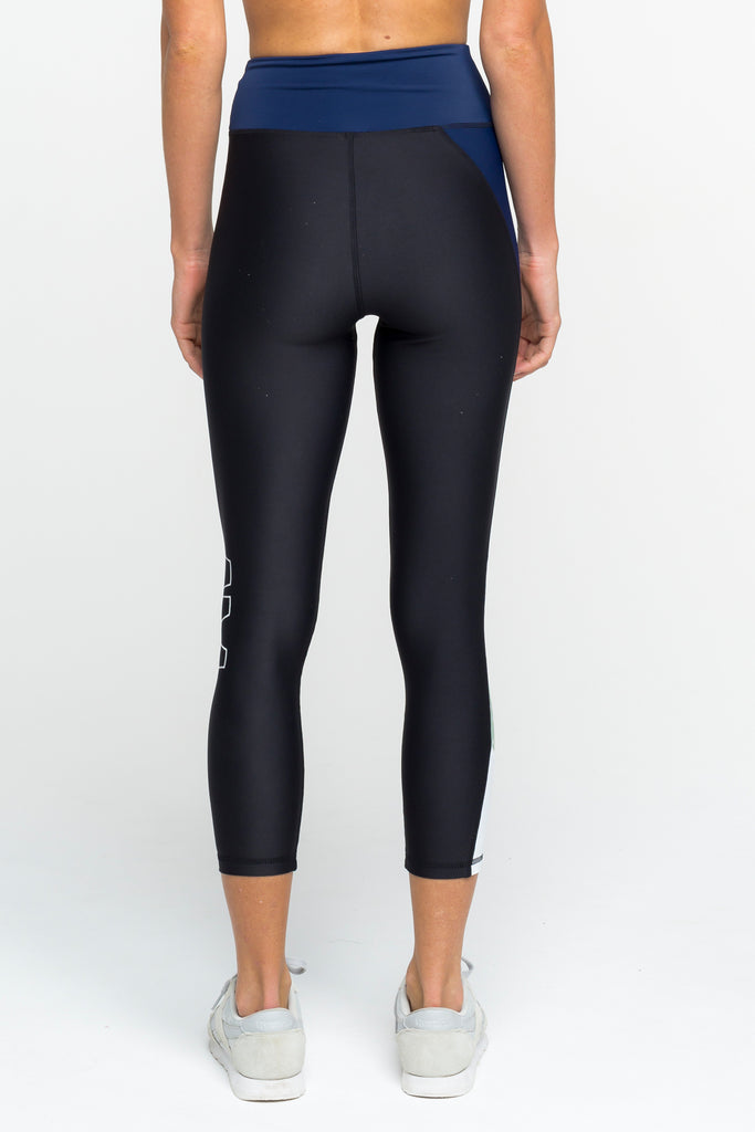 Arcaa Movement Black and Navy Whirl 7/8 Leggings