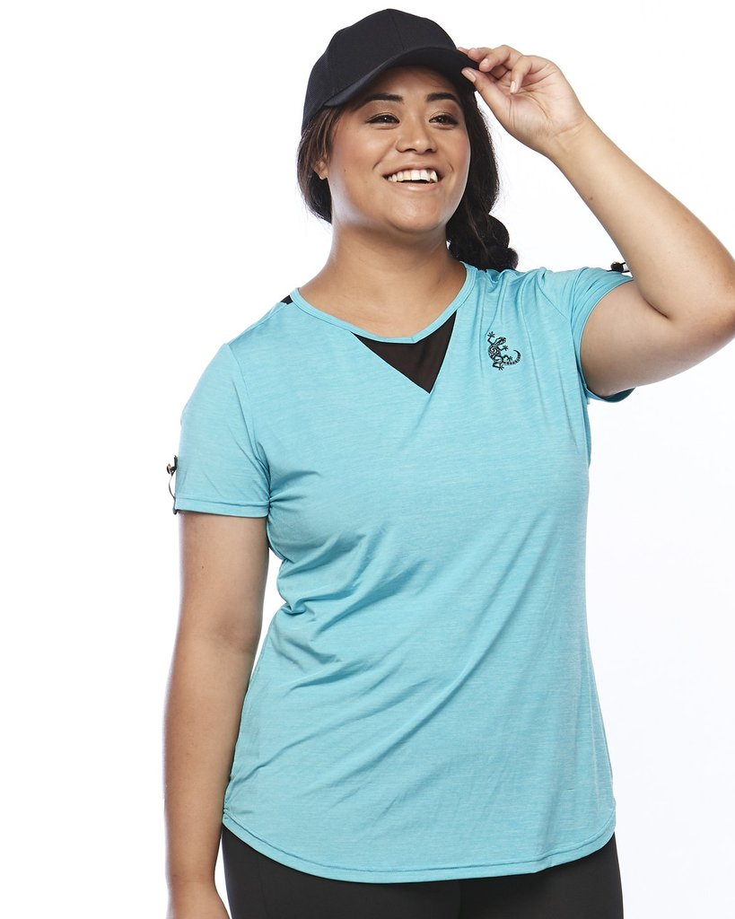 Curvy Lady wearing bright blue active wear tea shirt