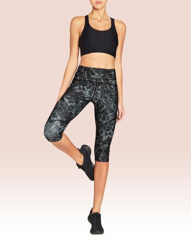 Vie Active Riley Knee Crop - Black Monochrome Butterfly