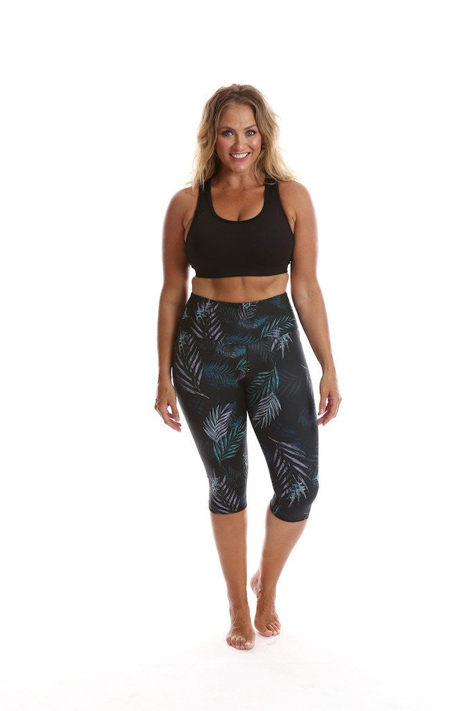 Active Truth Ultimate 3/4 Length Tight - Midnight Palm - Move Your Body
