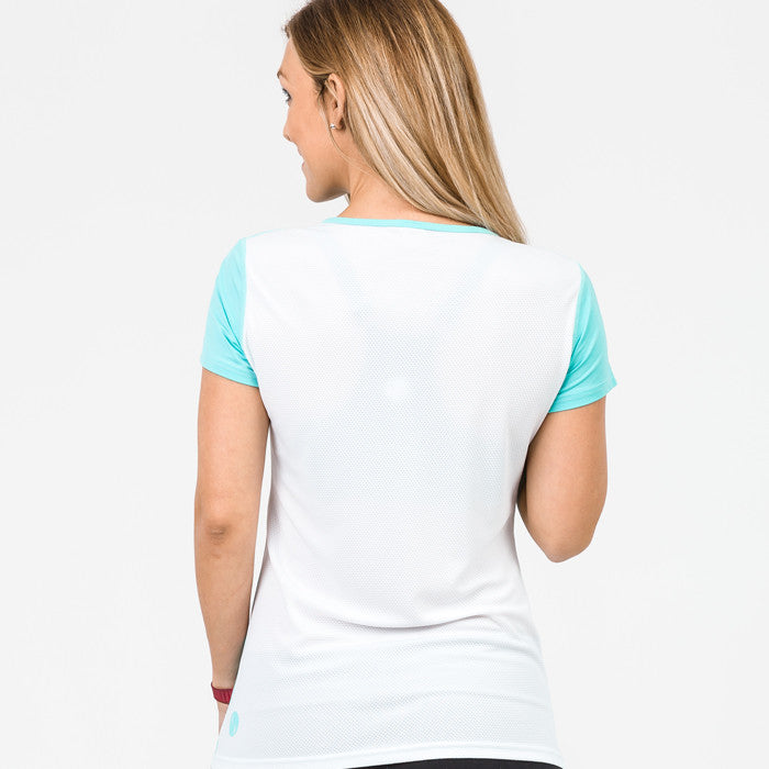 Cadenshae Workout Tee - Move Your Body