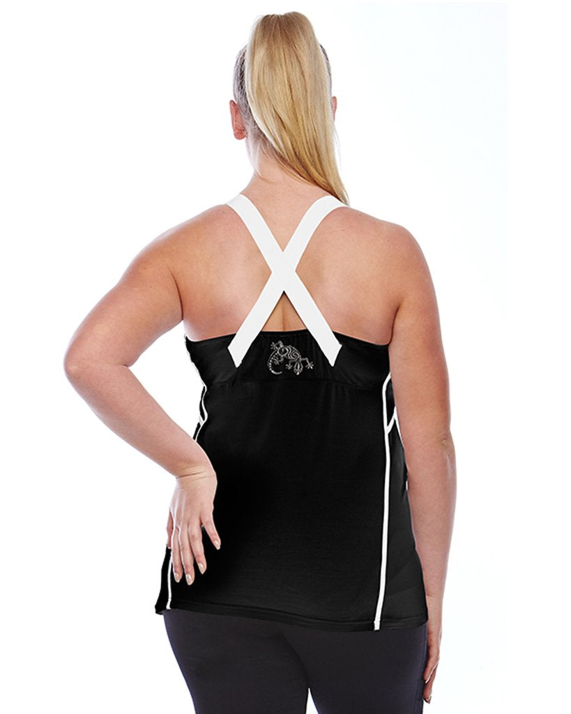 curvy women wearing a black and white gym tank top from the back