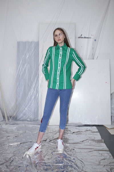 OST konzept Spring Summer 2017 womens binded shirt in green and white poplin, with striped stripes.