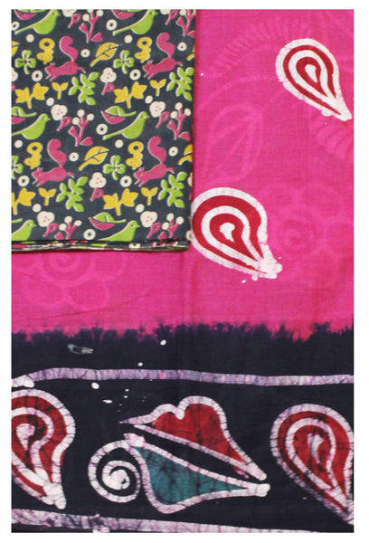 Batik cotton saree with a beautiful matching kalamkari blouse material (34125A)