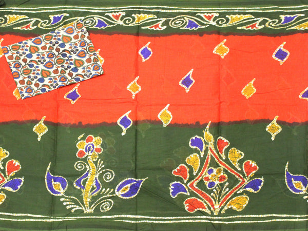 Batik cotton saree with a beautiful matching kalamkari blouse material (34193B)