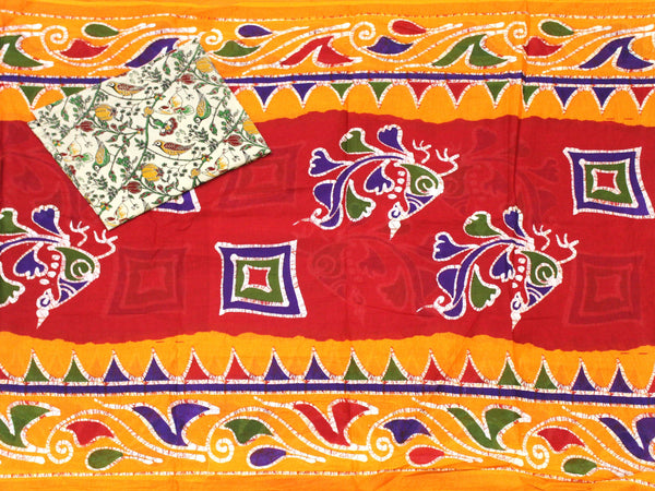 Batik cotton saree with a beautiful matching kalamkari blouse material (34194A)
