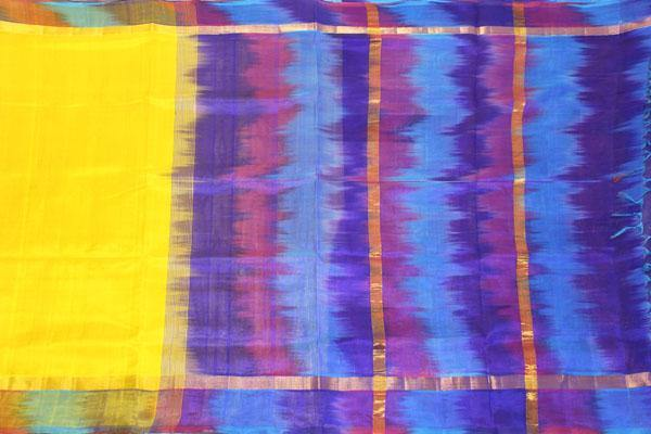 Kanchipuram Pure Silk cotton sarees with attractive pallu and Zari Border - (64036A)
