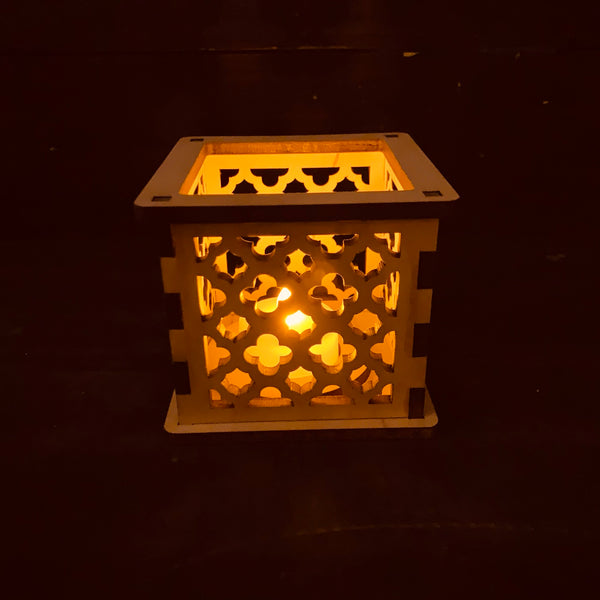 Moroccan Trellis Barbed Quatrefoil - Tea Light Holder