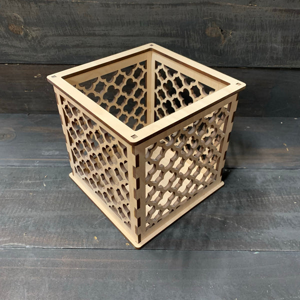Moroccan Trellis Barbed Quatrefoil - Pillar Candle Holder