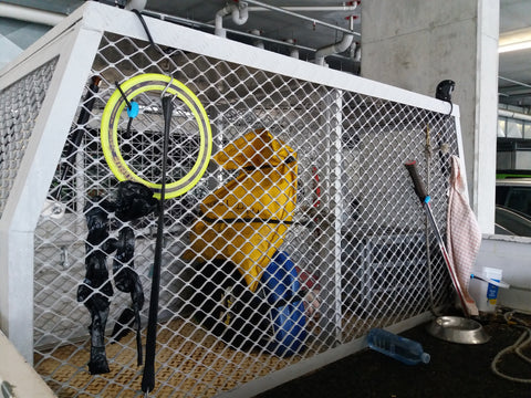 Shockloc straps are great for securing items to cages & ute headboards quickly & securely.