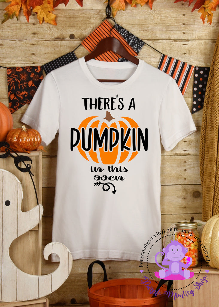 There's a Pumpkin in this Oven Maternity | Pregnancy shirt | Halloween
