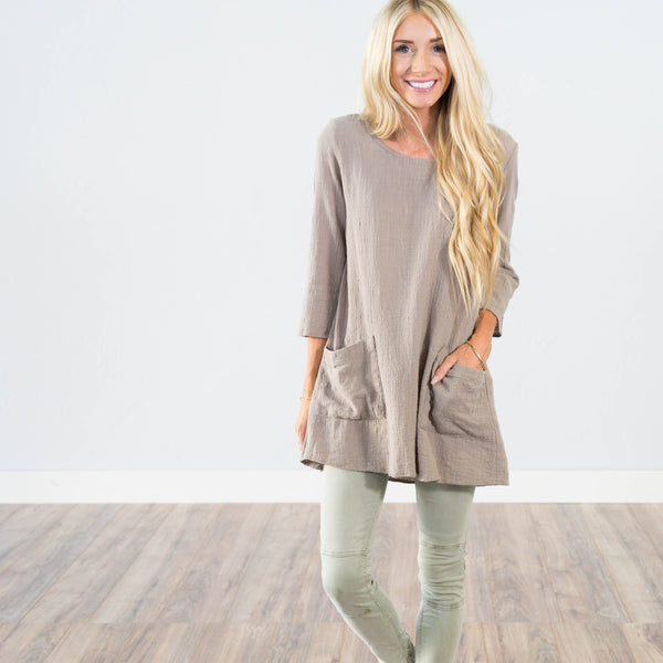 Pearl Textured Top in Taupe