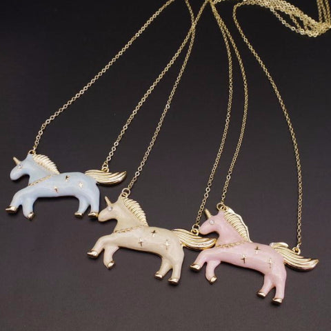 Enamel Style Unicorn Necklace in Pink, Blue or Beige in Trendy Fashion Design