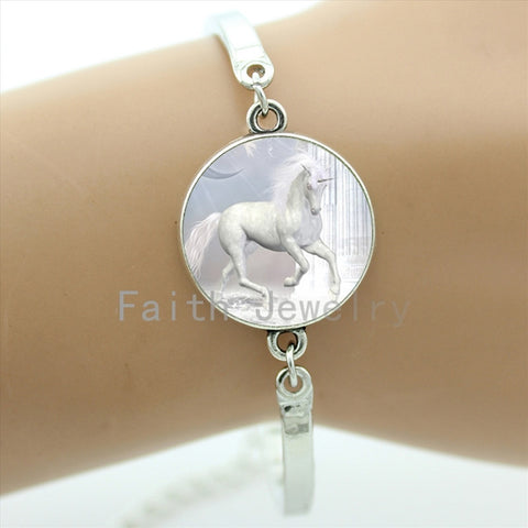Pure White Unicorn art pattern bracelets retro Unicorn painting artwork bracelet beauty dreamlike picture jewelry NS590