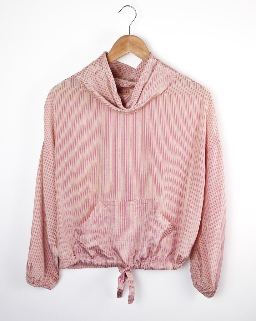 1980's Pink pullover