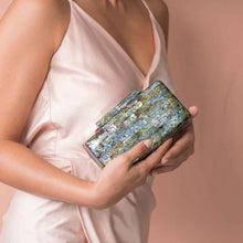 Load image into Gallery viewer, Regina Shell Clutch - Black Lip