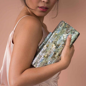 Carina Shell Clutch - Black-lip - Island Girl