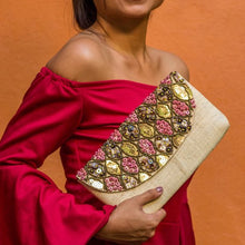 Load image into Gallery viewer, BARACOA Raffia Date Night Clutch