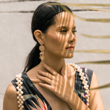 Load image into Gallery viewer, Marni Capiz Earrings in Smoked - Island Girl