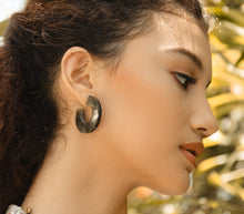 Load image into Gallery viewer, MAKENA Earrings - Island Girl