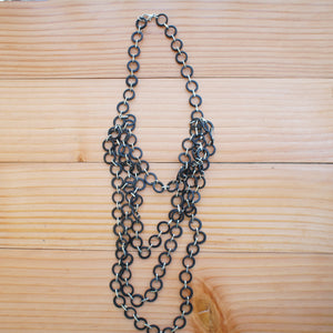 Mesh 4-Layer Necklace in Black
