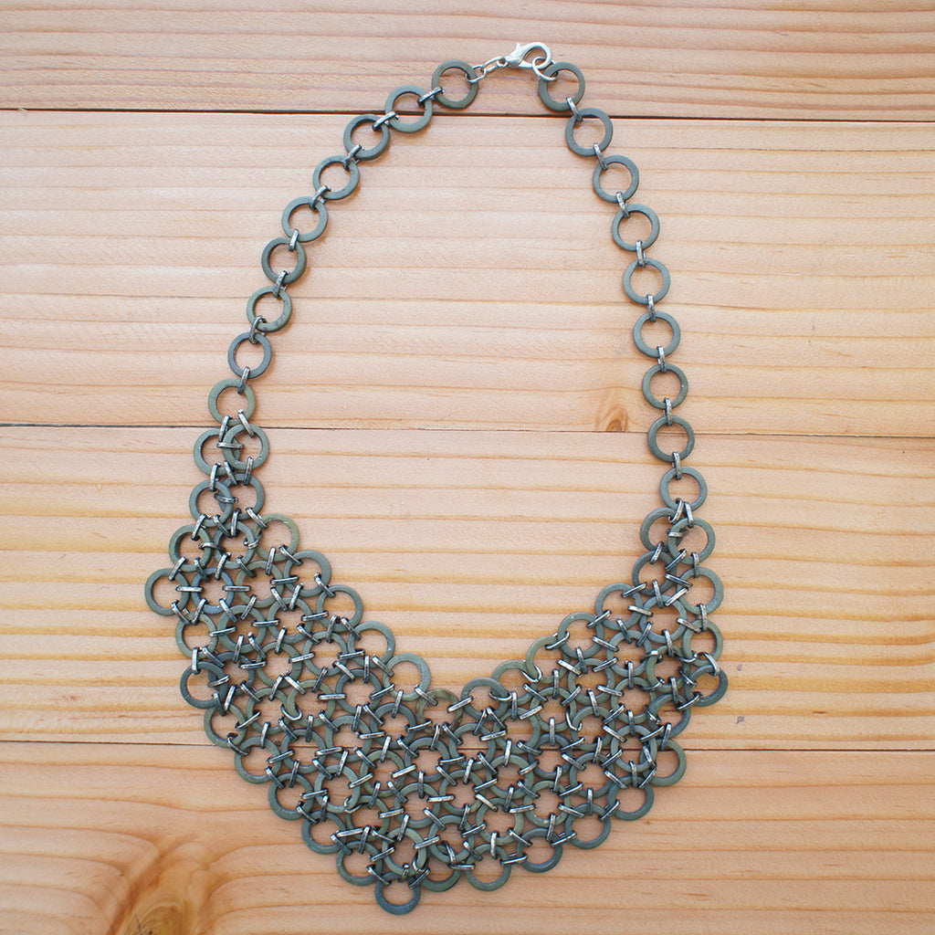 Mesh Bib Necklace in STONE