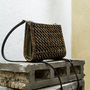 Emilia 2-way Crossbody Bag - Island Girl