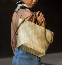 Load image into Gallery viewer, MIRANDA City Bag - Island Girl
