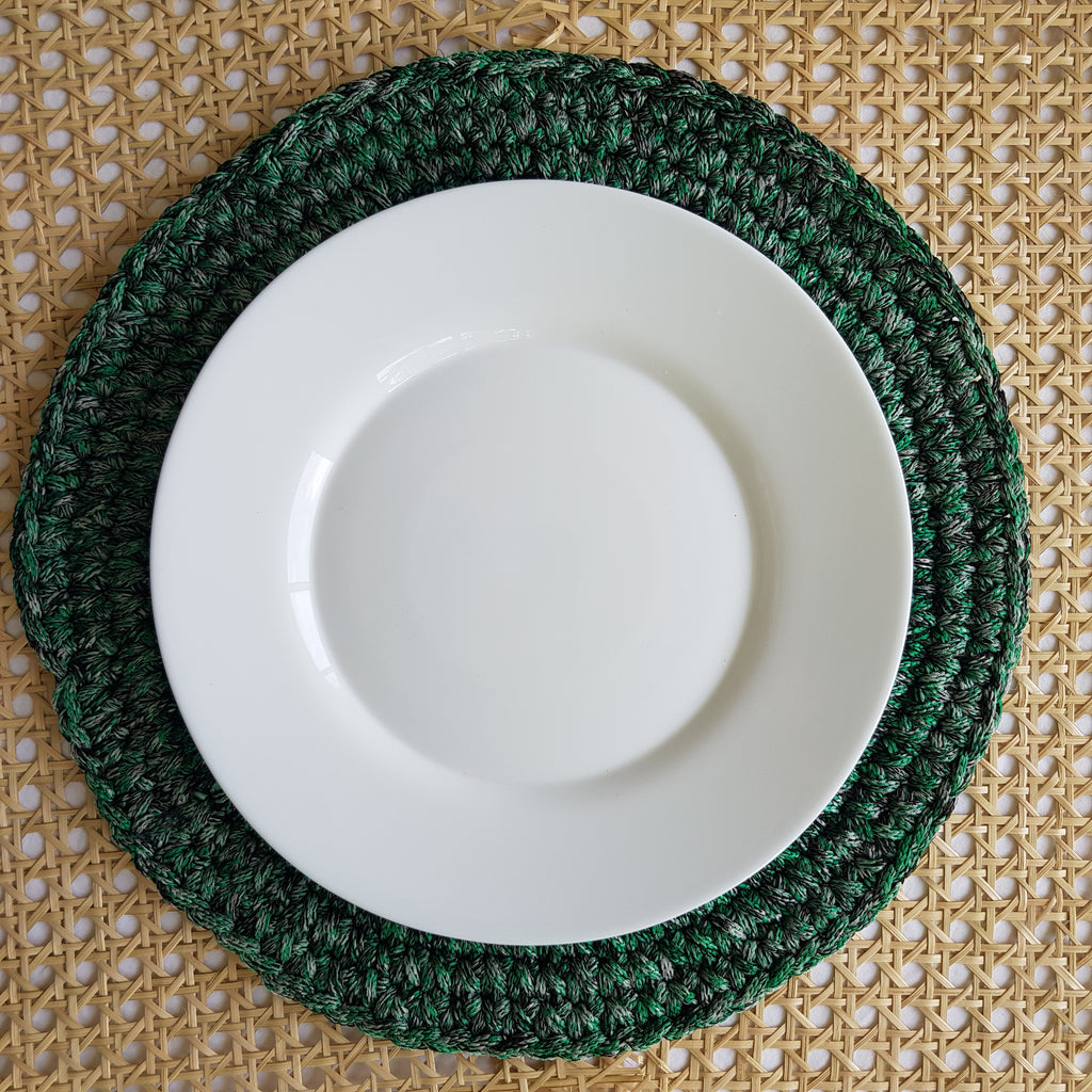 Swirl Macramé Placemat in Green (Set of 4) - Island Girl