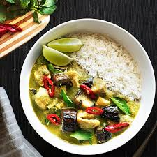 Thai Green Curry with Chicken and Eggplant (Serves 8)