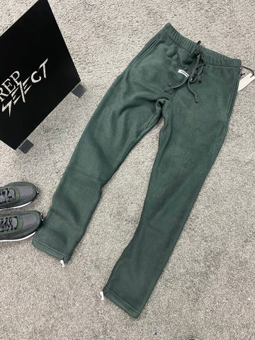 Fear of God Essentials Fleece Joggers Black
