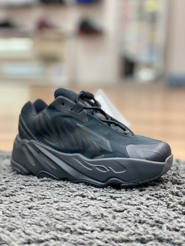 Adidas Yeezy Boost 700 MNVN Black (Infant)