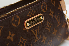 Louis Vuitton clutch @ ibagzy bag rental northern ireland