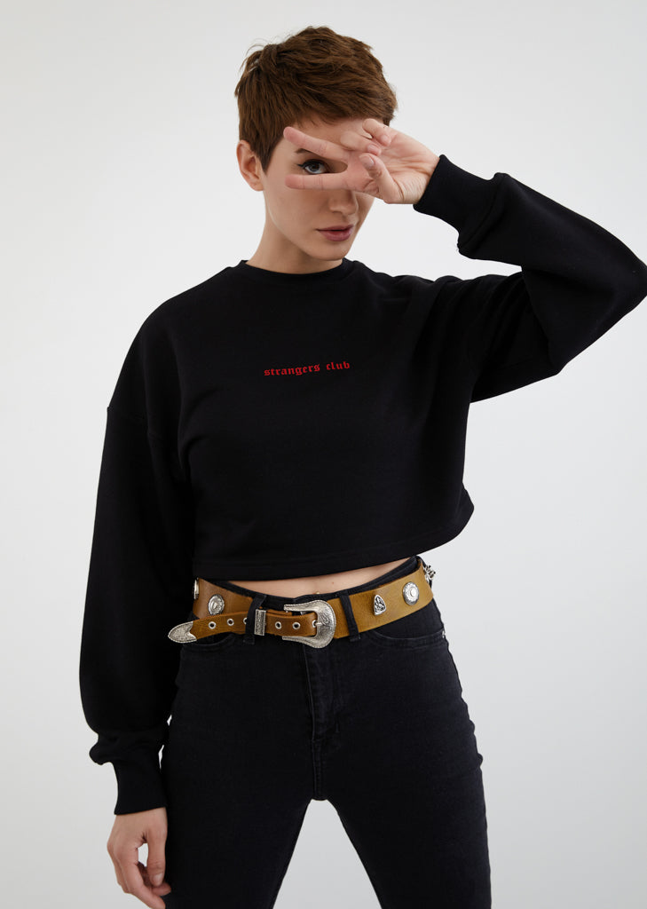 Strangers Club / Cropped Sweatshirt