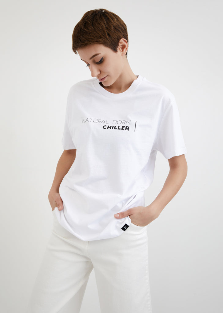 Natural Born Chiller / Unisex T-shirt